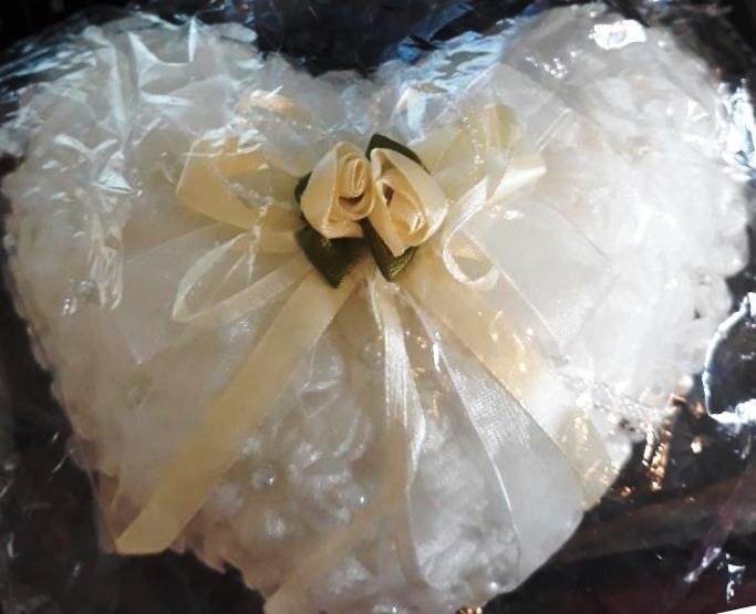 Ivory Elegant Butterfly Ring Cushion